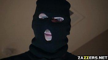 Арабский шейх грубо отпердолил дорогую элитную шлюху
